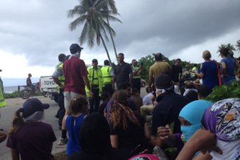 Nauru police arrest refugees outside Yaren police station