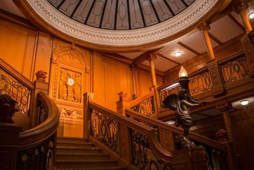 The Titanic's grand staircase re-created at the exhibition December 11, 2015.jpg