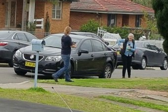 Australian Federal Police officers raiding a Heckenberg house, in south western Sydney.