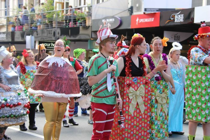 A human christmas pudding in the Hobart pageant 2017.
