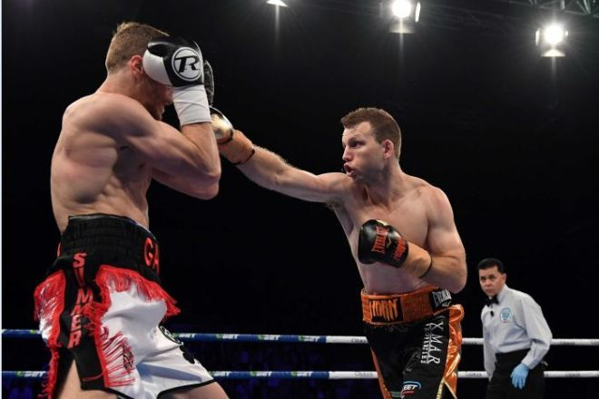 Jeff Horn aims a punch at Gary Corcoran