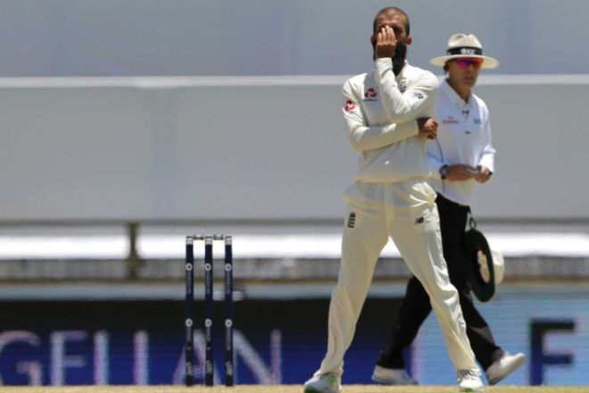 Moeen Ali grimaces at the WACA