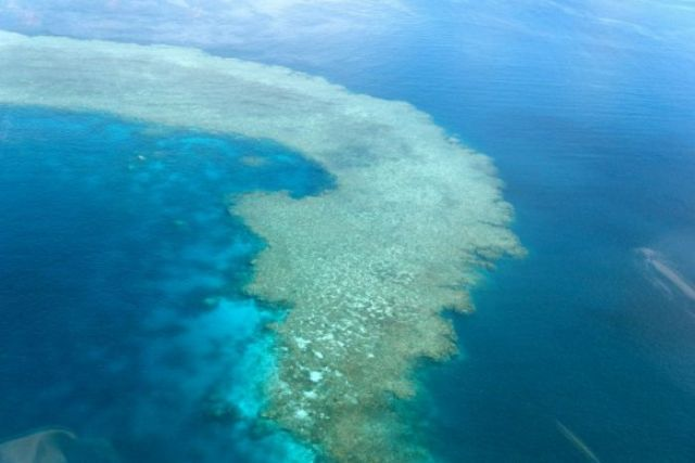 Coral reefs create cloud umbrellas