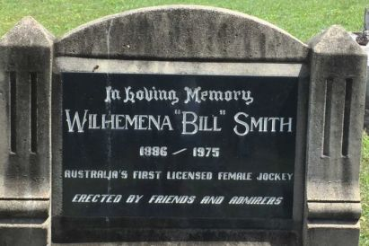 headstone of bill smith