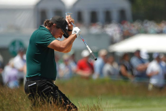 Phil Mickelson looks frustrated at the US Open