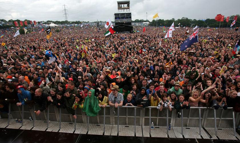 Glastonbury crowd