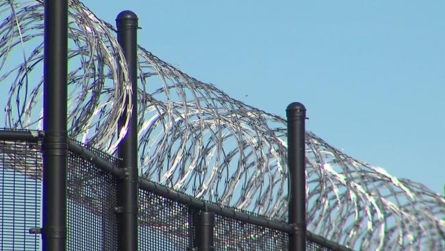 prison_wire_451532