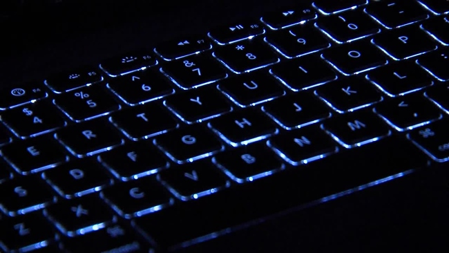 computer_keyboard_creepy_401086