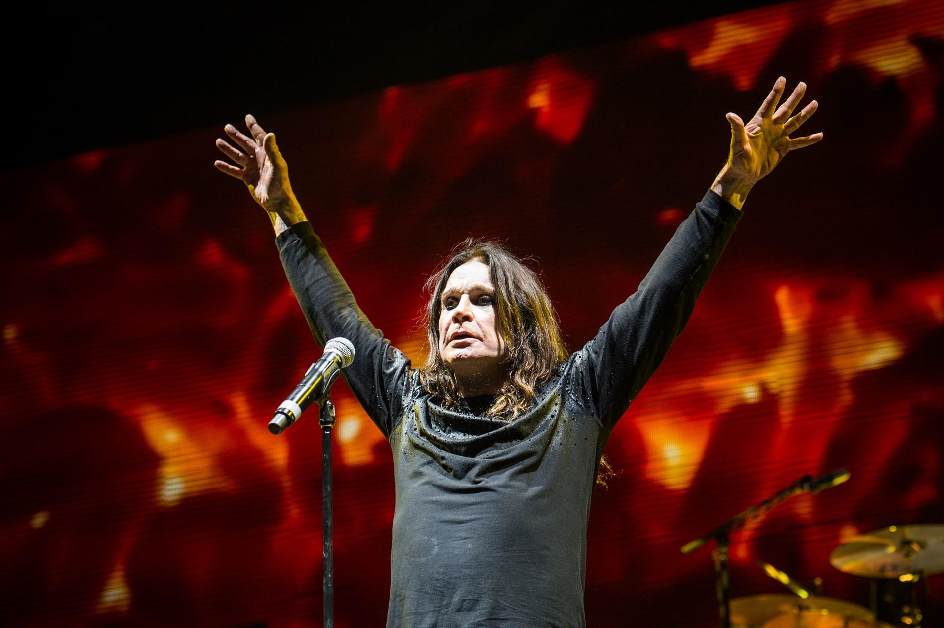 2016 Ozzfest Meets Knotfest Music Festival - Day 1_1554392973081