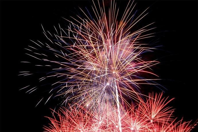 fireworks_5446058169370034890