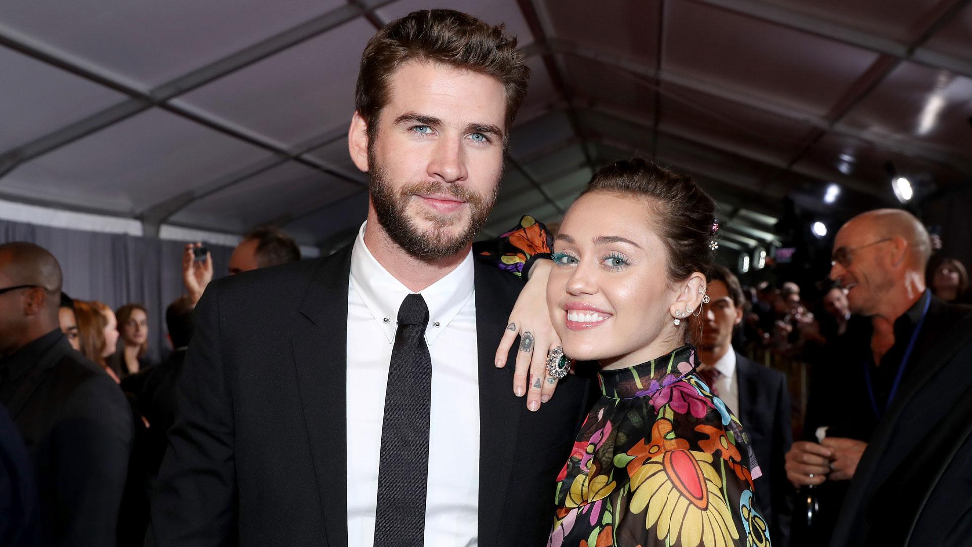 Liam Hemsworth, Miley Cyrus at Thor Ragnorak premiere29831137-159532