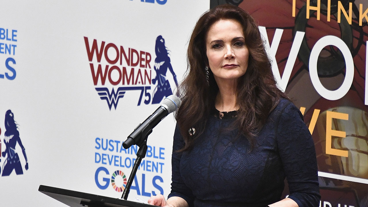 Lynda Carter at United Nations in 201665454816-159532