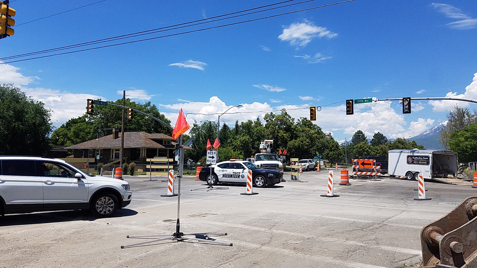 Traffic signal out due to a power outage in Provo