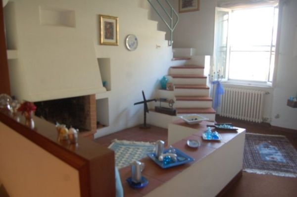 garage-CASA INDIPENDENTE-in-vendita-Rosignano Solvay-R0282