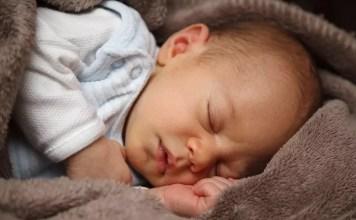 Quando o bebé regressa a casa após o nascimento