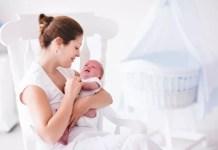 Com manter o bebé ao colo tranquilo