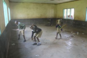 kids clean up before painting
