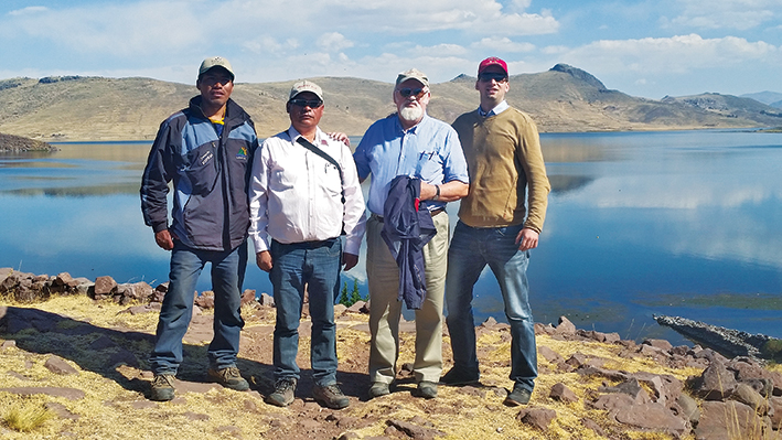 2015: ABC GENETICS team made a visit to the distributor for Peru at 4'200 m (12'000 Ft) high