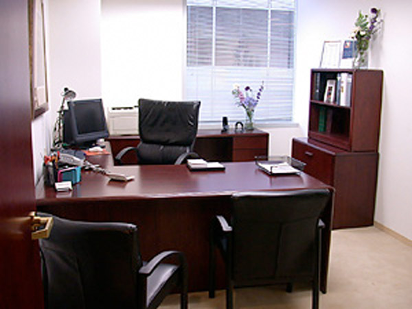 Los Angeles Office Space and Virtual Offices at Wilshire Blvd