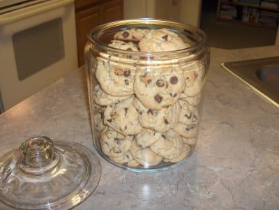 cookie jar and ch chip cookies 3