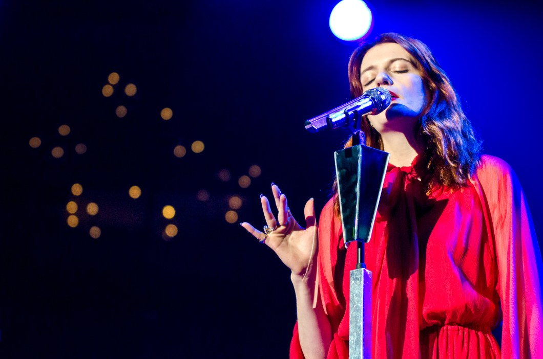 florence_and_the_machine_oracle_arena_live105_nssn1