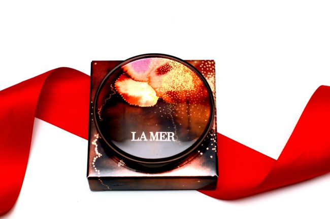 La-Mer-Illuminating-Powder-Compact-Hannah Pugh