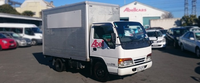 10m3 furniture truck for hire