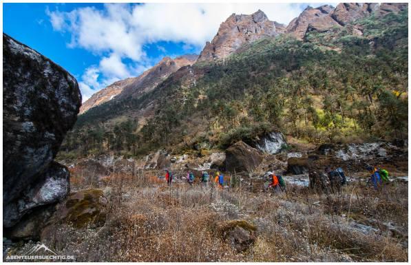 Trekking durch die unendlichen Weiten des Himalayas