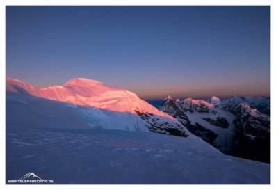 Sonnenaufgang auf 6300m