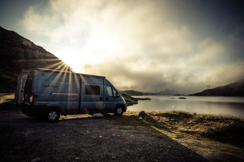 Traumhafter Stellplatz am See mit einer wundervollen Morgenstimmung