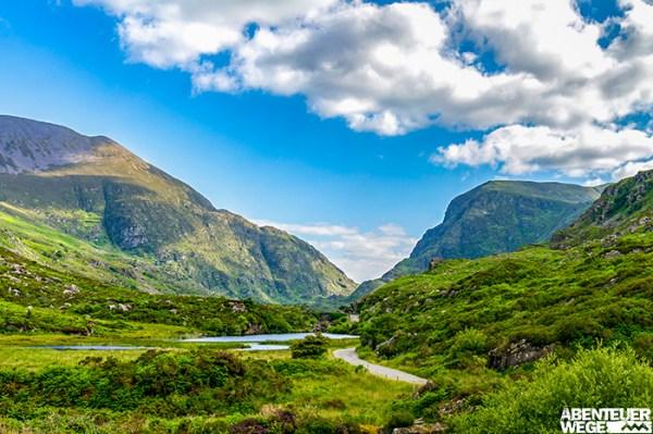 Grüne Täler auf dem Kerry Way