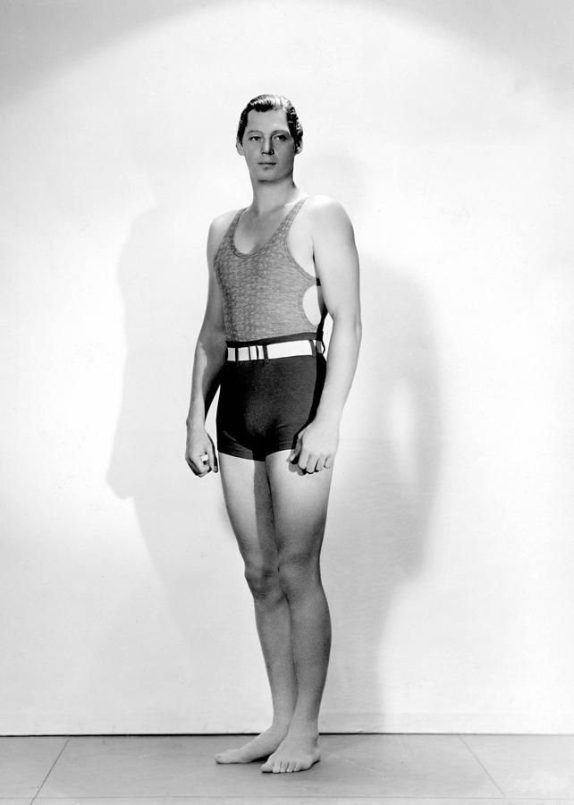 História da Sunga de Praia johnny-weissmuller-1920s-everett