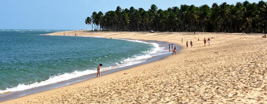 As 10 Praias mais bonitas do Brasil. Praia do Gunga - em Aberbeach moda praia e sungas de praia