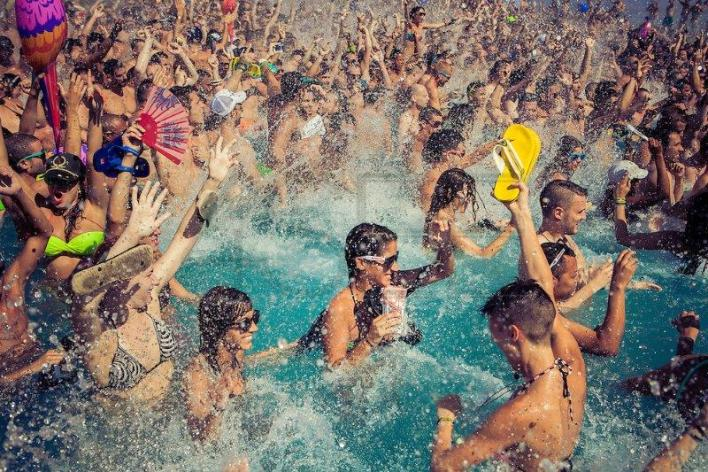 Pool Party! Como organizar ou fazer a sua festa na piscina!