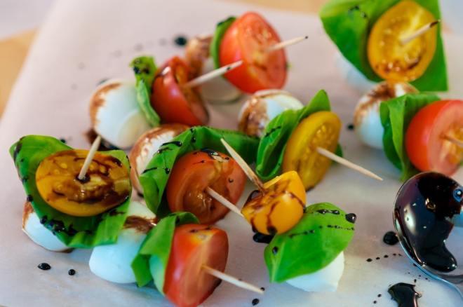 Cappers Salad Bites Close