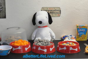Snoopy birthday party treats