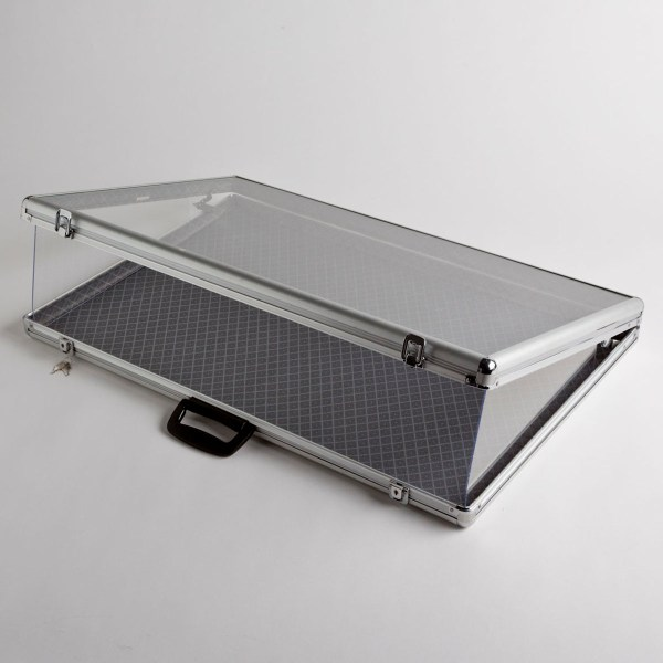 Aluminum Display Case With Glass Cover & Store Fixtures