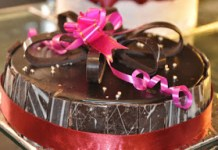 nearbuy loot midnight cake offer