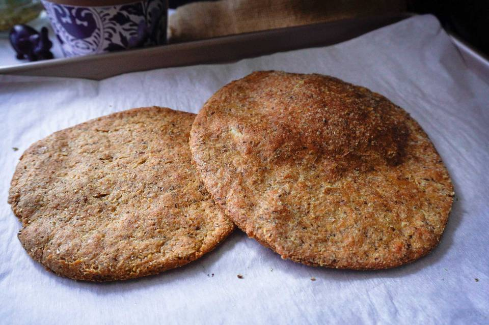 خبز كيتو بذور الكتان