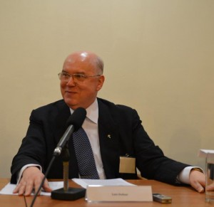 Luis Dufaur