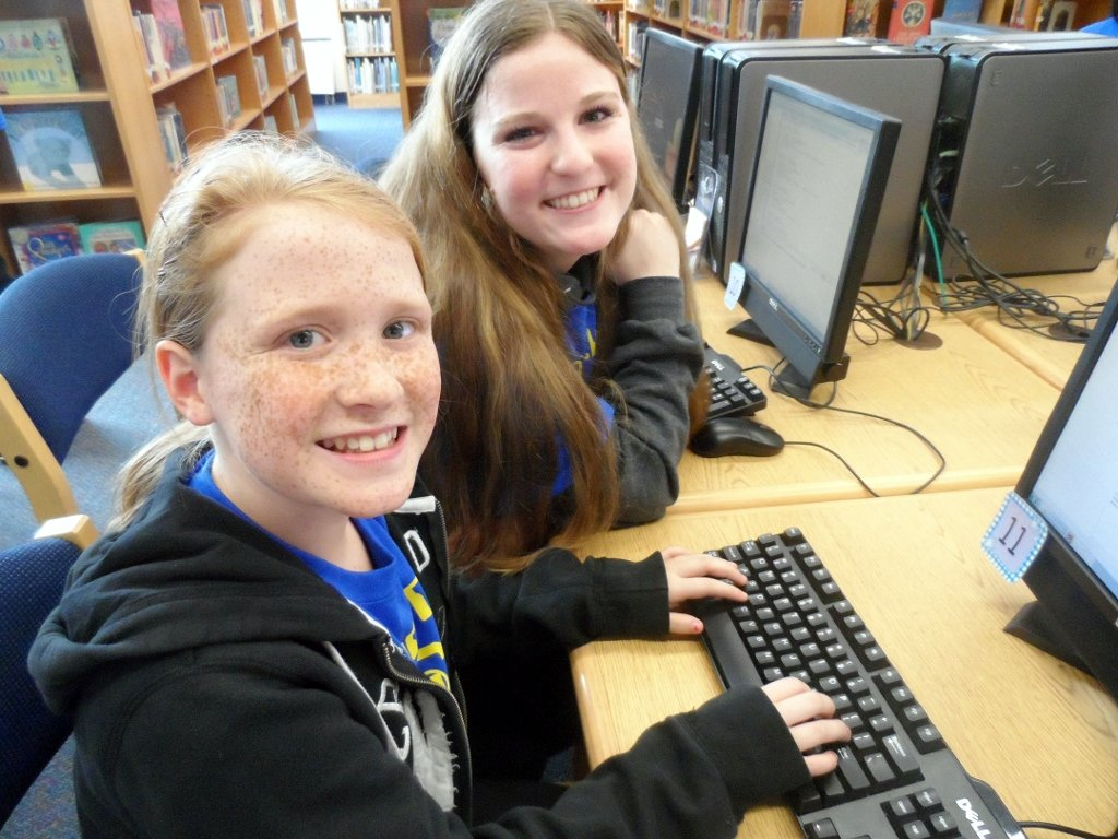 Abington Elementary School Students Learning Computer