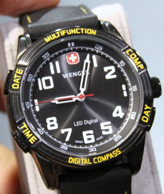 Wenger Nomad LED Compass Watch Hands-On Hands-On