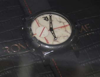 Only Watch 2011 Auction Pieces Hands-On Sales & Auctions