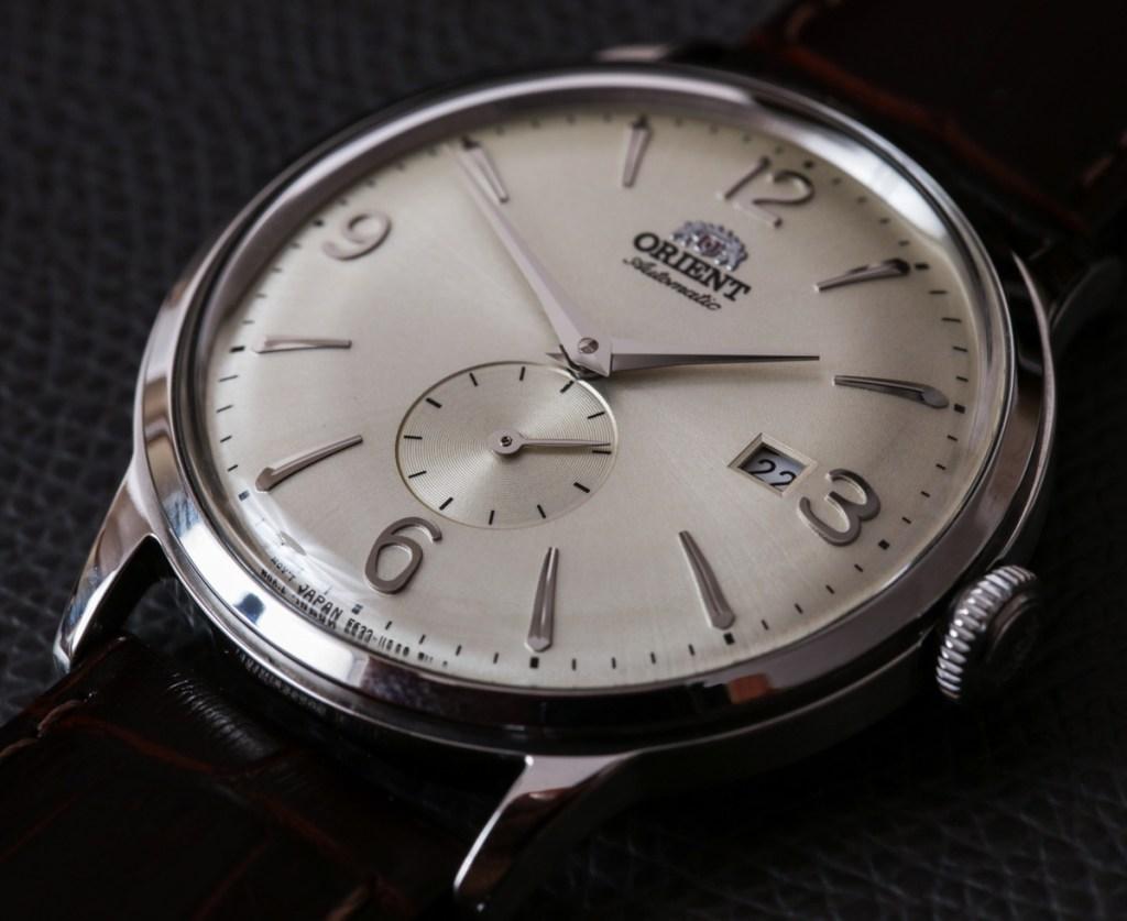 Orient-Bambino-Small-Seconds-SS-watch-2.jpg