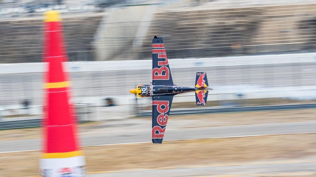 Kéo Gs với đồng hồ Hamilton trong cuộc đua xe thể thao nhanh nhất thế giới Bài viết nổi bật