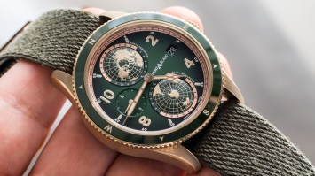 Montblanc 1858 Geosphere Green & Bronze Watch Hands-On Hands-On