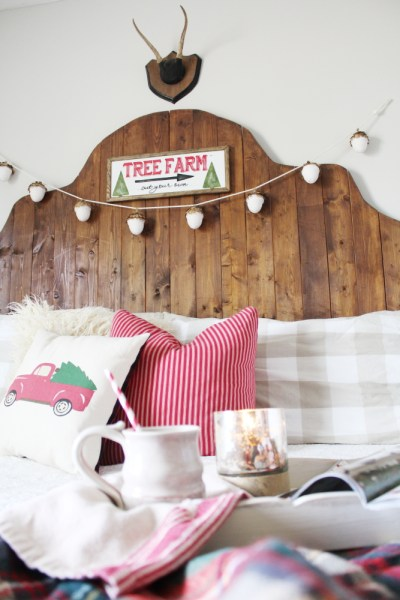 Simple, Cozy Christmas Bedroom