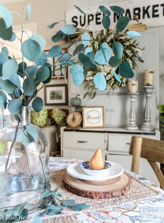 pears, eucalyptus, farmhouse, casual thanksgiving table