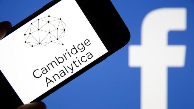 臉書曾陷入干預選舉的劍橋分析事件