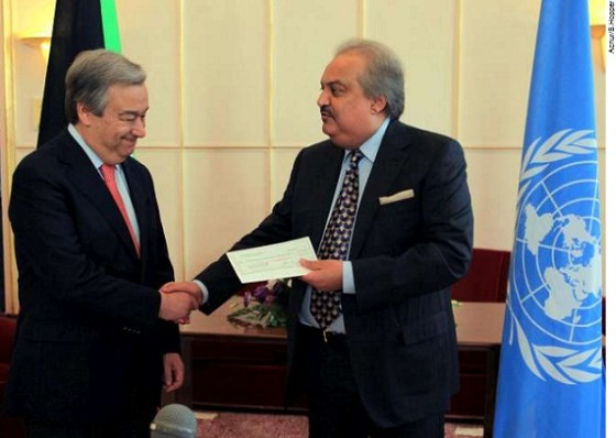 High Commissioner António Guterres - Kuwait's Ambassador Dharar Abdul-Razzak Razzooqi